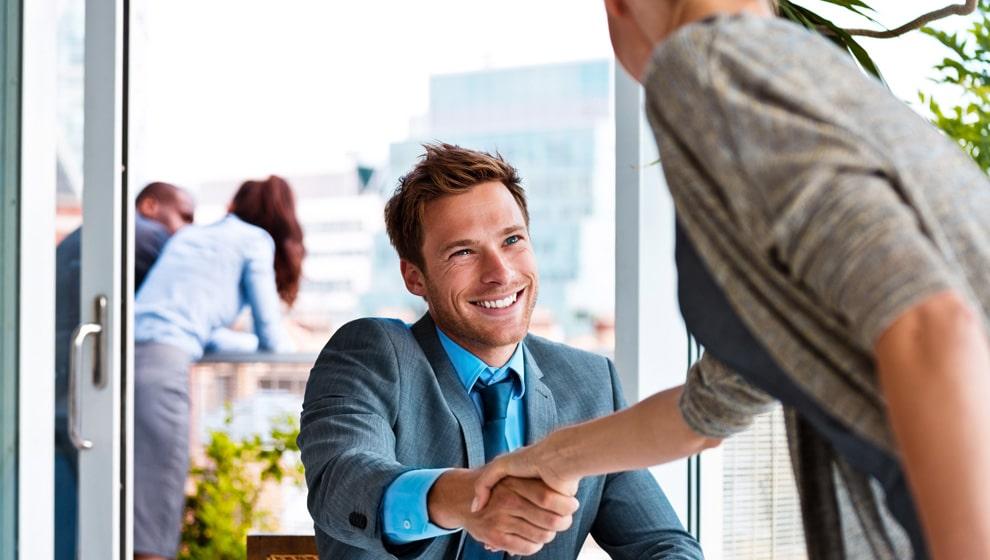 preguntas-que-debes-hacer-en-una-entrevista-de-trabajo-infojobs-academy